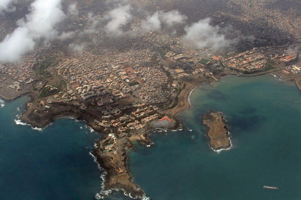 1280px-praia_aerial