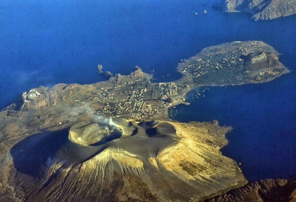 03 Vulcano isla Panoramio